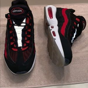 """Nike Air Max 95 Essential """"Bred"""" Great Condition"""